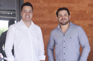 Os empresários Rafael Mendonça e Tales Araújo