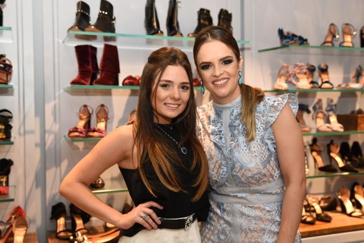 A digital influencer Thais Rossit e a empresária Fabiana Oliveira