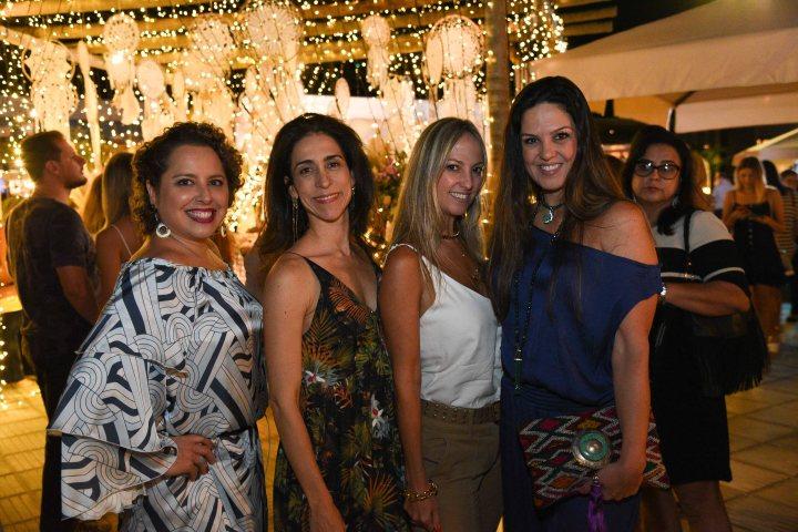Clô Sá Peixoto, Adriana Sá Peixoto, Daniela Caldas e Patrícia Cunha
