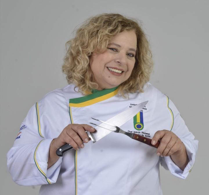 thumbnail_A chef Marcia Pinchemel disputa o prêmio Livro do Ano com sua obra Frutos do Cerrado – Paixão Aromas e Sabores