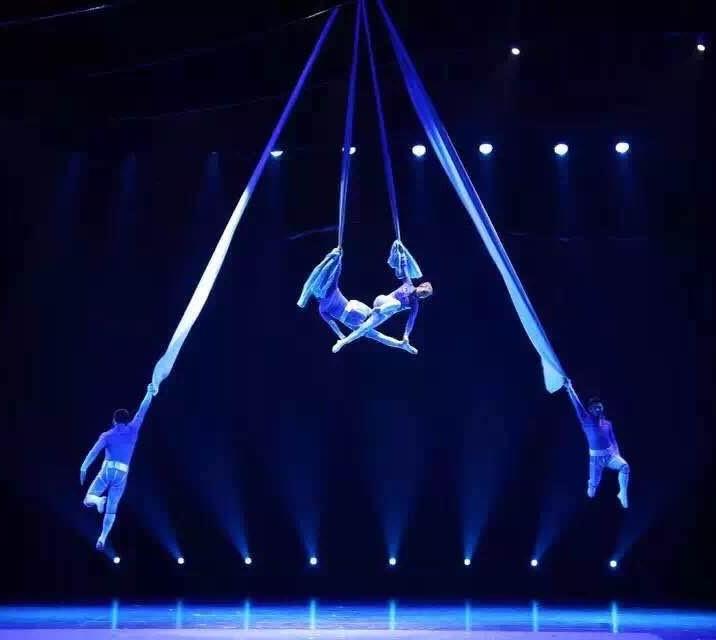 thumbnail_Um dos 30 artistas do - Circo Imperial da China - Dias 08 e 09 de Agosto no Teatro Rio Vermelho em Goiânia. 6